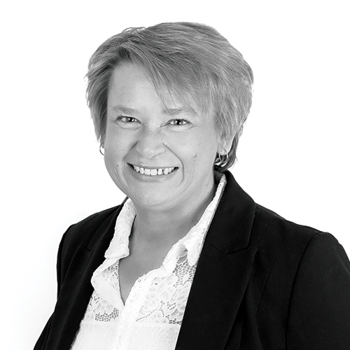 Anji Smith, Recruitment Business Partner, Netbox Recruitment, black and white portrait photo